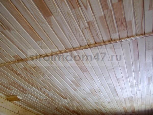 отделка потолка - вагонкой
