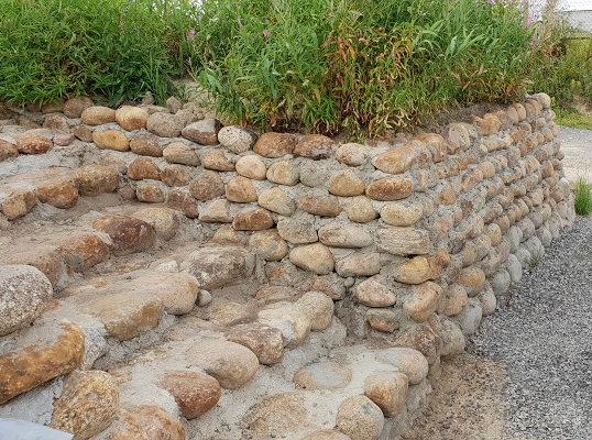 Готовая подпорная стенка, со ступеньками